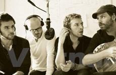 Tay guitar Satriani thôi kiện ban nhạc Coldplay
