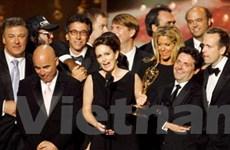 """""""Mad Men"""" và """"30 Rock"""" chiến thắng ở giải Emmy"""