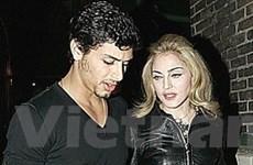 Madonna sắp lên xe hoa