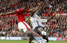 """""""Quỷ Đỏ"""" Manchester United trở lại ngôi đầu"""