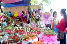 Sôi động thị trường hoa tươi, quà tặng ngày 20-10