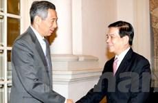 Chủ tịch nước gặp các nhà lãnh đạo Singapore