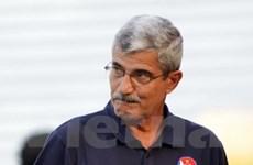 Huấn luyện viên Calisto trì hoãn gia hạn hợp đồng