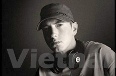 Eminem được tôn vinh là Nghệ sĩ của thập niên
