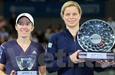 Kim Clijsters lại đăng quang ở Brisbane mở rộng