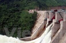 Các hồ thủy điện tăng xả nước để dưỡng lúa Xuân