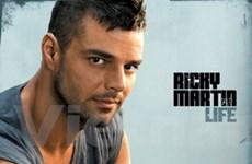 Ricky Martin khỏa thân trong video âm nhạc mới