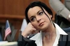 Lindsay Lohan đón nhận lệnh bắt mới của tòa án