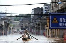Nước sông tràn bờ, 100.000 người Tứ Xuyên sơ tán