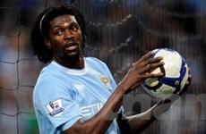 Adebayor cân nhắc việc quay lại đội tuyển Togo