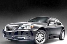 Chrysler ra mắt mẫu sedan cỡ trung 200 đời 2011