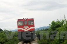 Đã thông tàu đoạn sạt lở đường sắt qua Khánh Hòa