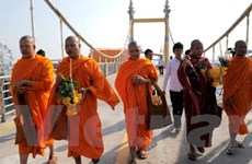 Campuchia mở lại cây cầu sau thảm kịch giẫm đạp