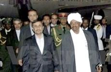 Tổng thống Iran thăm chớp nhoáng Mauritania, Sudan