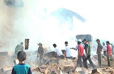 Cháy kho chứa mùn cưa làm 3 người thương vong