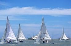 30 tay đua quốc tế đua thuyền buồm ở Vũng Tàu