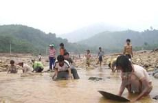Kon Tum truy quét 70 tổ khai thác vàng trái phép