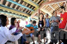 Du lịch cộng đồng thu hút nhiều khách du lịch tới Huế