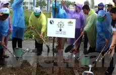 VN hưởng ứng chiến dịch làm cho thế giới sạch hơn