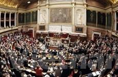 """Quốc hội Pháp thực hiện """"đóng băng"""" ngân sách"""