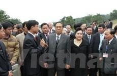 Đoàn đại biểu cấp cao Lào tới thăm tỉnh Hòa Bình