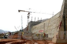 1.000 công nhân ở lại thủy điện Lai Châu trong Tết