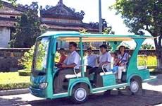 Huế đưa vào sử dụng dịch vụ xe điện du lịch dịp Tết