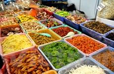 Chọn thực phẩm an toàn cho sức khỏe trong dịp Tết
