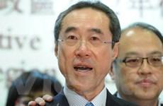 """Chính trị gia Hong Kong bán bộ sưu tập vang """"triệu đô"""""""
