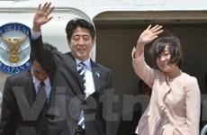 Thủ tướng Nhật Bản bắt đầu công du tới bốn quốc gia