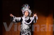 Tiếng hát cải lương làm ấm lòng người Việt xa xứ