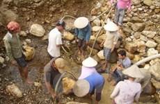 Nhức nhối nạn khai thác vàng trái phép ở Nghệ An
