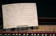 Bảng tổng phổ của Beethoven có giá 252.750 euro