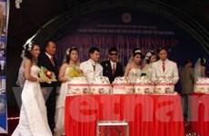 Đám cưới tập thể của 12 đôi uyên ương khuyết tật