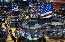 Thông tin kinh tế tích cực đẩy chứng khoán tăng mạnh