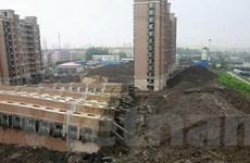 13 người trong vụ sập nhà ở Trung Quốc phải ra tòa