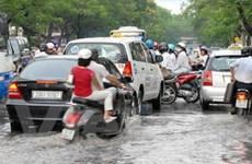 Đường Hà Nội mùa này sẽ vẫn lắm... con sông