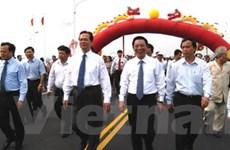 Thủ tướng phát lệnh thông xe cầu Vĩnh Tuy