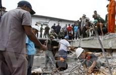 1.100 người tử vong do động đất tại Indonesia