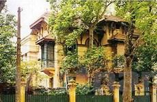 Yêu cầu Hà Nội chỉ đạo dừng phá nhà biệt thự cũ