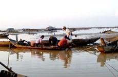 Đồng Nai thả một triệu cá giống vào hồ Trị An