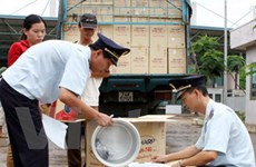 Việt Nam thúc đẩy thương mại với Lào, Campuchia