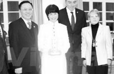 Vinh danh nữ chủ nhà hàng ăn Việt Nam tại Đức