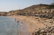 Sharm el-Sheikh vẫn đông sau vụ cá mập tấn công