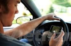 19% tài xế thừa nhận sử dụng Internet khi lái xe
