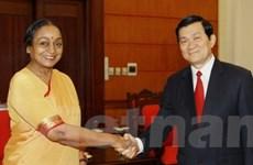 Thường trực Ban Bí thư tiếp Chủ tịch Hạ viện Ấn Độ