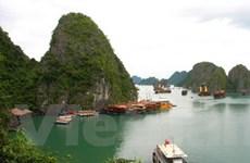 Bầu chọn kỳ quan Vịnh Hạ Long bằng tiếng Việt
