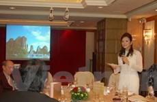 Đại sứ Du lịch Lý Nhã Kỳ quảng bá Vịnh Hạ Long