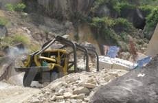 Thu giấy phép khai thác đá của công ty Tân Kiên