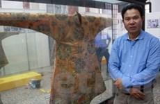 Tận mắt ngắm trang phục cung đình triều Nguyễn